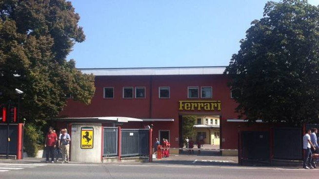 Ferrari entrata